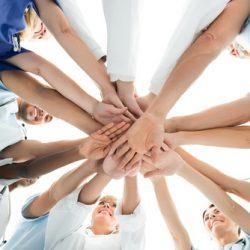 Le Centre de Pathologie des Hauts-de-France repose sur une équipe para-médicale et médicale.