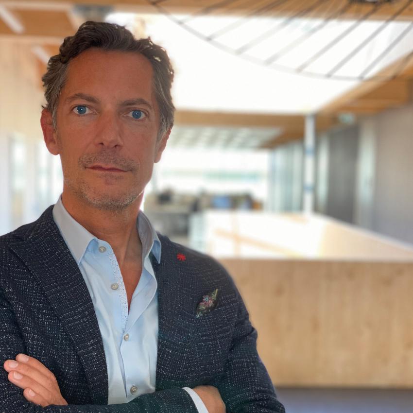 Dr Thomas Petit